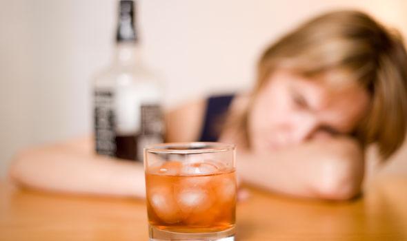 Alkol sonrası mide bulantısı